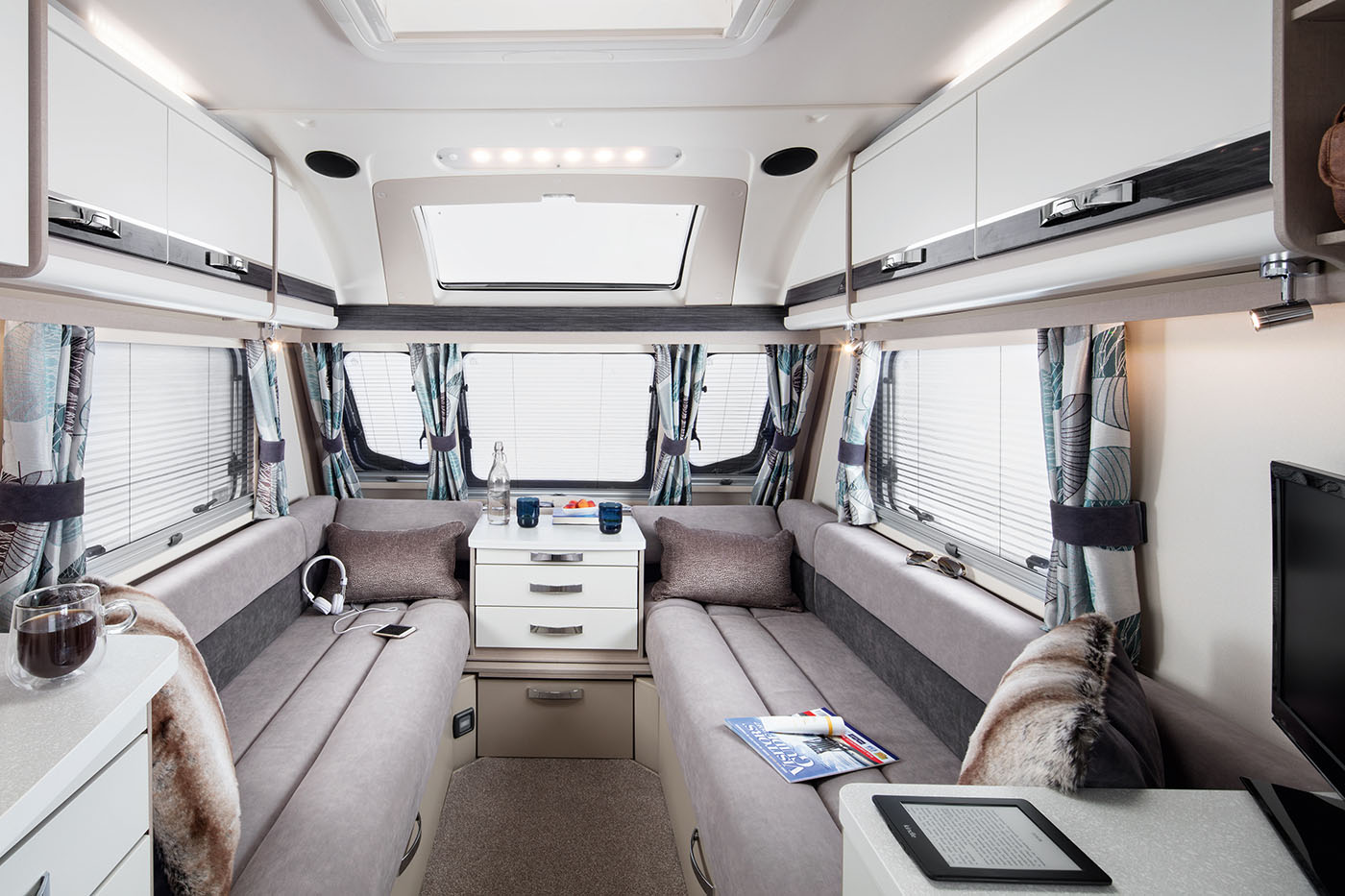 INT Eccles 530 Front Lounge Optional SwiftShield SWIFT4
