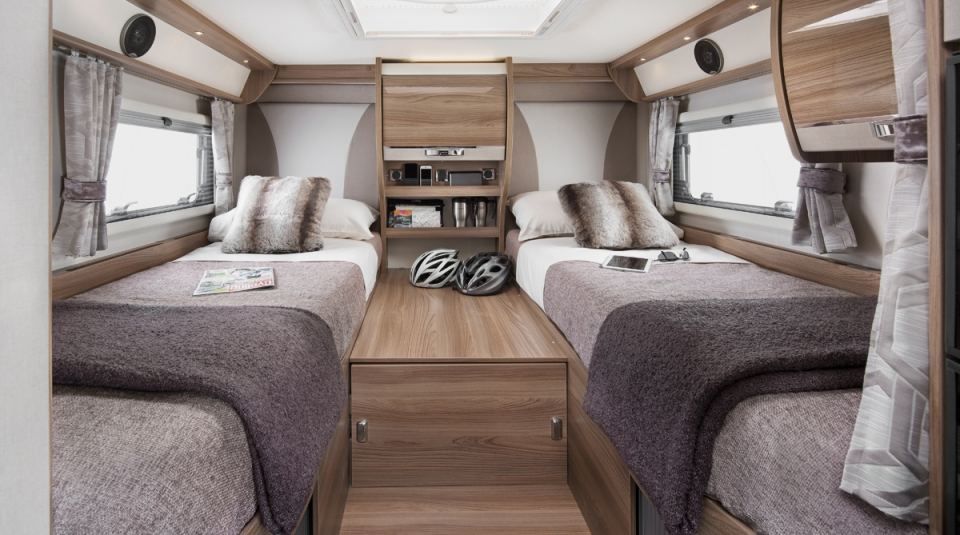 INT Kon tiki 635 Rear Single Beds RGB4
