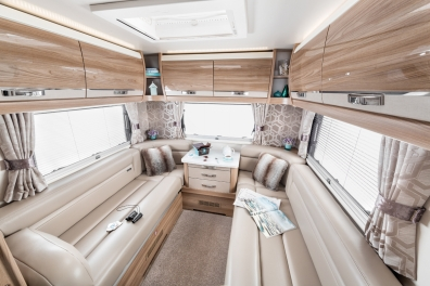 INT Kon tiki 649 High Rear Lounge in Leather Option RGB4