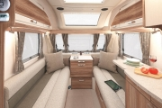 INT Challenger Front Lounge SWIFT13