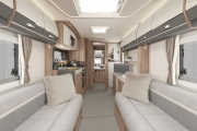 INT Elegance 480 Front to Rear SWIFT16